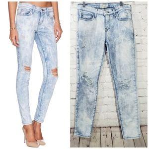 Current Elliot the stiletto bleached destroy jeans